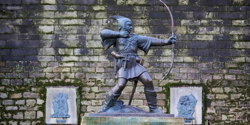 Robin Hood statue Nottingham bigstock